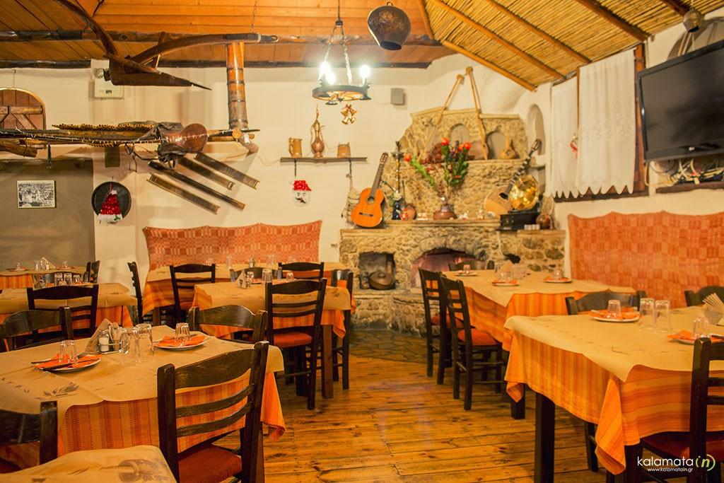 taverna-to-chagiati (1)