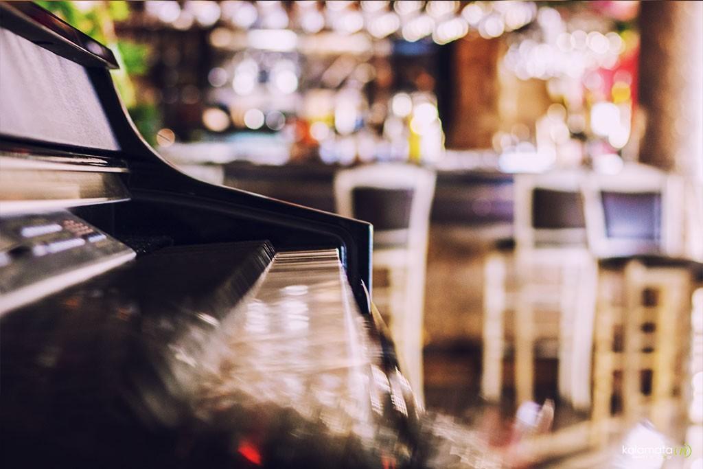 cafe-restaurant-meteoro-1